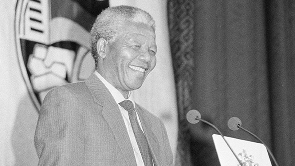Nelson Mandela on 3CR in 1990