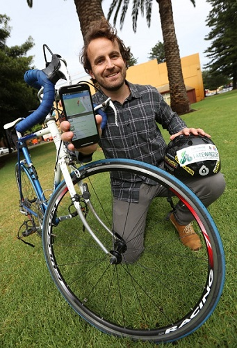 Alex Fletcher with his Freewheeler app, Image: Fremantle Gazette/Matt Jelonek