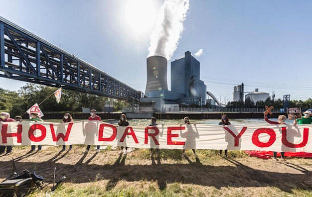 Air pollution from coal-burning is killing hundreds of Australia every year. Image via Greenpeace