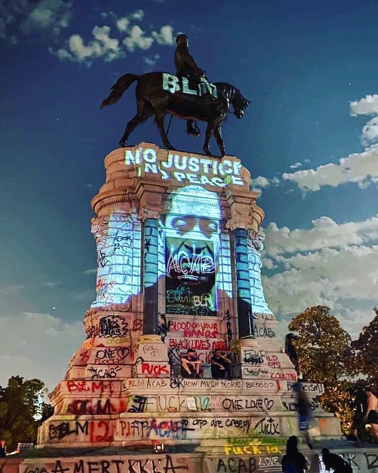 Robert E. Lee Statue in US repurposed