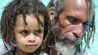 Ras Kabinda and Daughter (2008) ©️ Maria Stratford