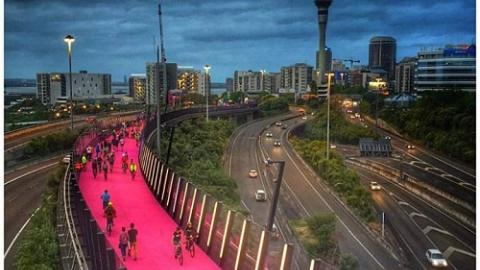 Nelson Street Cycleway, Auckland, image: Phil Walter