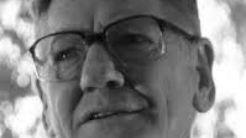 Ken Smeaton poet, The Poetry lab Ken Smeaton,