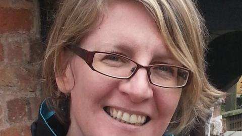 Dr Linda Barclay