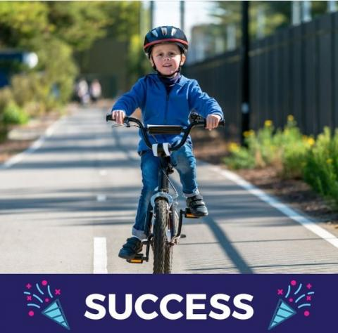 'Congrats Ben Carroll MP on making bike riding safer & easier for all Victorians, big & small!' Image credit: Parents' Voice