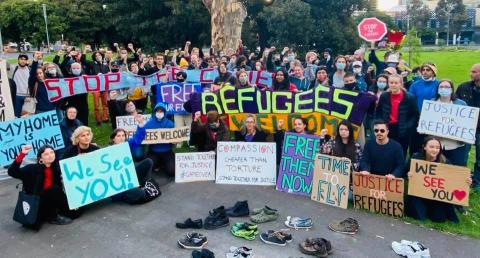 Demonstrators for Refugees outside Park Hotel